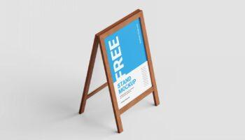 Мокап деревянного рекламного стенда PSD